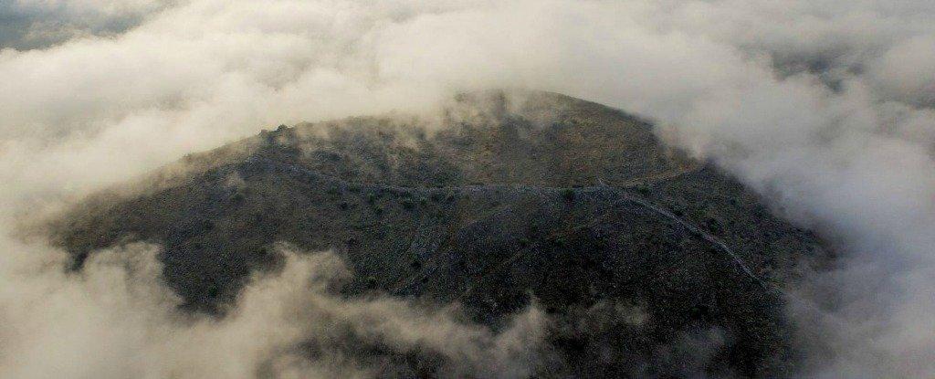 গ্রীসে মাটি চাপা বিরাটাকায় প্রাচীন নগরী খুঁজে পেয়েছেন প্রত্নতত্ত্ববিদগণ